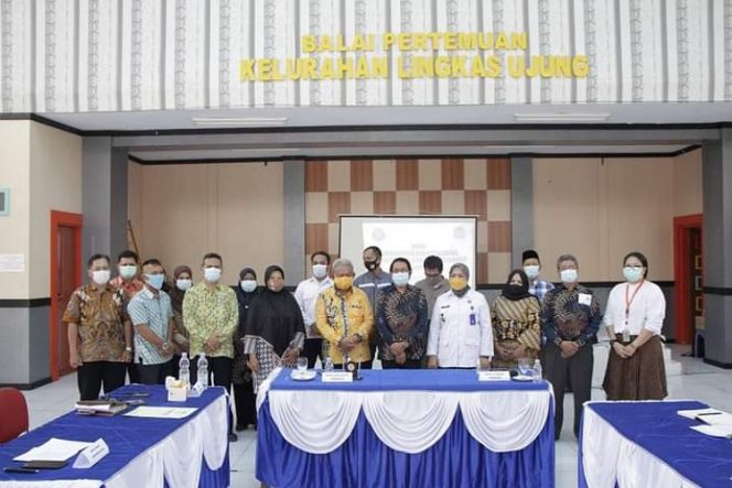 Foto Bersama: Wakil Walikota Tarakan Effendi Djuprianto bersama Ketua BNNK Tarakan Agus Surya Dewi dan Undangan. Foto: ist