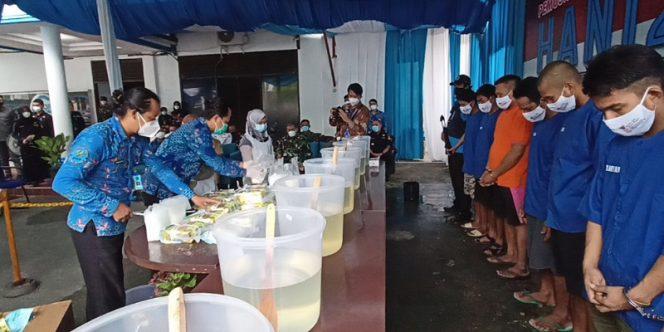 HANI 2021: BNNP Kaltara Musnahkan Barang Bukti Narkoba Jenis Sabu-Sabu Seberat 20 Kg. foto: fokusborneo.com