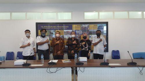 Komisi 3 DPRD Kabupaten Tana Tidung saat melakukan kunjungan kerja ke Dinas Pekerjaan Umum, Penataan Ruangan Perumahan dan Kawasan Pemukiman Provinsi Kalimantan Utara, Kamis (16/09).