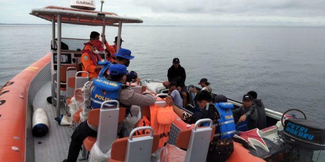 Tim SAR Gabungan Sisir Perairan Tarakan Mencari Hamzah. Foto: IST/Basarnas