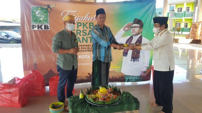 DPC PKB Kota Tarakan gelar tasyakuran di pondok pesantren Miftahul Ulum atas disahkannya Perpres Dana Abadi Pesantren. Foto : Fokusborneo.com