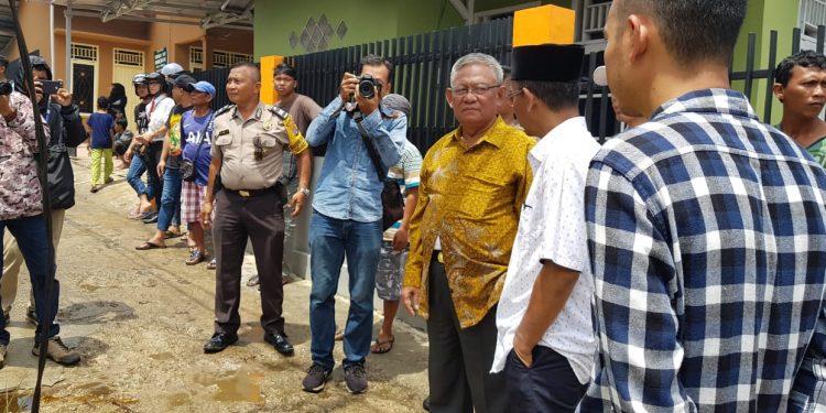Wawali Tarakan Effendhi Djuprianto, Meninjau Lokasi Kebakaran Pertamini (27/7). Poto : Ari