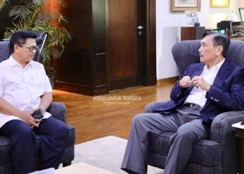 SILATURAHMI : Gubernur Kaltara Dr H Irianto Lambrie bertemu dengan Menko Bidang Kemaritiman, Luhut Binsar Pandjaitan, di Jakarta, Jumat (23/8) lalu. Foto : Humas Pemprov  Kaltara