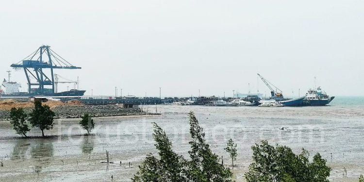 Cuaca Buruk: Tampak Speedboat bersandar di Pelabuhan Malundung Tarakan. (13/9). Poto: Fokusborneo