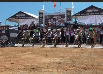 Panglima Komando Daerah Militer VI/Mulawarman, Mayor Jenderal TNI Subiyanto membuka secara resmi kejuaraan nasional (Kejurnas) grass track putaran 3 regional IV Pangdam Mulawarman dan Kapolda Kaltara Cup 2019 di Sebatik, Nunukan, Minggu (29/9).
