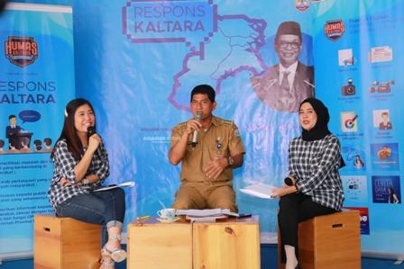 DONGKRAK PAD : Plt kepala BP2RD Kaltara, Imam Pratikno saat menjadi narasumber ResKal edisi ke-60.Poto: Humas Pemprov Kaltara