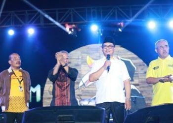 PARIWISATA : Gubernur Kaltara, Dr H Irianto Lambrie saat menghadiri gelaran Musik Alam Festival 2K19, belum lama ini.Poto: Humas Pemprov Kaltara