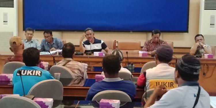 Walikota Tarakan Khairul Sosialisasikan E-Parkir kepada Jukir se Kota Tarakan. Poto: Slamet / fokusborneo.com