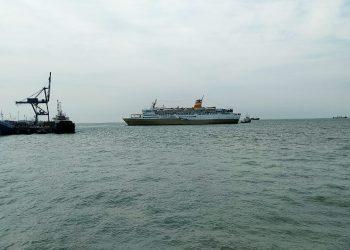 Kapal Pelni Disekitar Pelabuhan Malundung Kota Tarakan. poto: Ari / fokusborneo.com