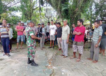 Babinda Koramil Tarakan Timur bantu Mediasi Warga Pantai Amal. Poto: doc Kodim 0907 Tarakan