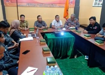 Koordinasi Survei IKP Bawaslu Tarakan bersama KPU, Kepolisian dan Media, (9/12). Poto: fokusborneo.com