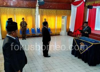 Walikota Tarakan Kahirul Melantik Pejabat Pimpinan Tinggi Sekda dan OPD, Selasa (31/12). Poto: Ari / fokusborneo.com