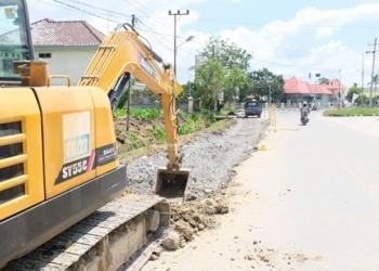 INNFRASTRUKTUR : Salah satu kegiatan proyek infrastruktur yang dilakukan pada awal 2020. Poto: Humas Provinsi Kaltara