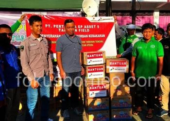 Peduli Bencana, Pertamina EP Aset 5 Tarakan Field Serahkan Bantuan Untuk Korban Kebakaran Pasar Batu Sebengkok (21/1). Poto: Ari / fokusborneo.com