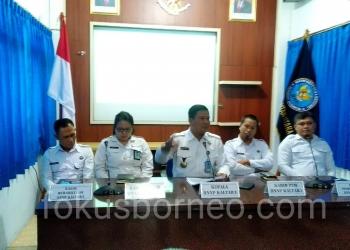 Kepala BNNP Kaltara Brigjen Pol Herry Dahana (tengah) dan Jajaran  Gelar Press Release Capaian Tahun 2019, (6/1). poto: Ari / fokusborneo.com