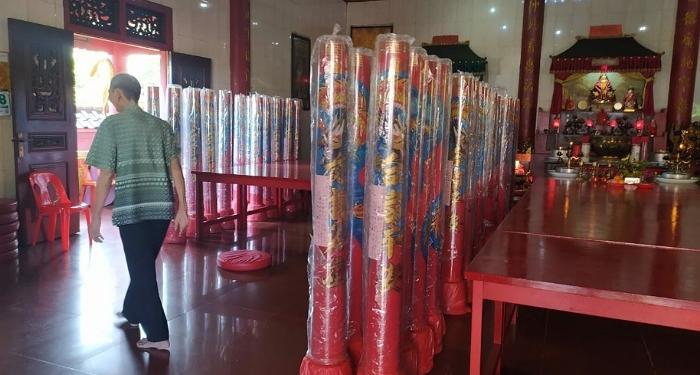Lilin Raksana Hiasi Klenteng Toa Pek Kong Tarakan, Sambut Perayaan Imlek 2572. Poto: /fokusborneo.com