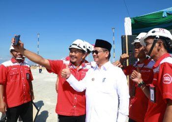 PENCANANGAN K3 : Gubernur Kaltara, Dr H Irianto Lambrie saat menghadiri apel pencanangan Bulan K3 2020 tingkat Provinsi Kaltara di Tarakan, Jumat (7/2) lalu. Foto : Humas Provinsi Kaltara