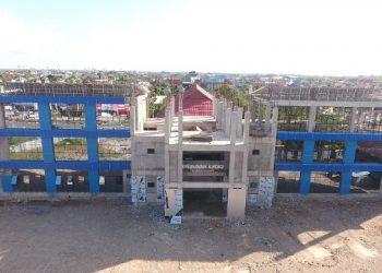PENDIDIKAN : Gedung SMA Negeri 1 Tanjung Selor yang berada dalam tahap pembangunan. Tahun ini ditarget rampung. Poto : Humas Provinsi Kaltara