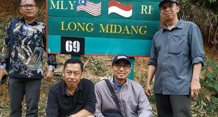 Komisoner KPU Kaltara Pantai Proses Rekrutmen PPK di Pedalaman. Poto: Istimewa