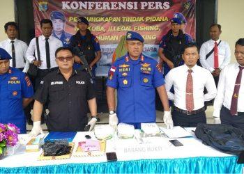 Dir DitPolair Polda Kaltara Gelar Konferensi Pers Tangkapan Narkotika Jenis Sabu-Sabu 5 Kg asal Tawau Malaysia (5/2). Poto: fokusborneo.com