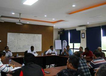 Diskusi Warga Lingkas Ujung dan Jajaran Manajemen Pelindo IV Tarakan. Poto: istimewa