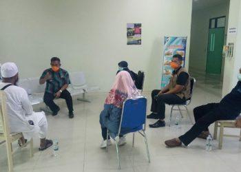 Walikota Tarakan Kunjungi 11 Jamaah di RSU Kota Tarakan. Poto: Satgas Covid-19 Tarakan