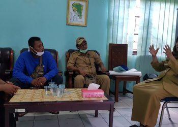 Ketua DPD ADO Kaltara Andrianinur bertemu Kepala Dinsos Kota Tarakan Maryam, Selasa (21/4). Foto : Fokusborneo.com