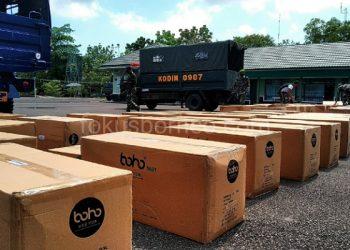 Puluhan Koli Alkes Tambahan di Simpan di Kodim 0907/Tarakan. Poto: fokusborneo.com