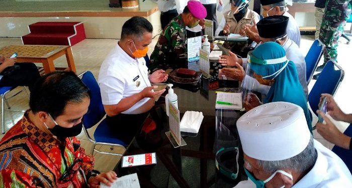 Kewajiba Sebagai Orang Muslim, Walikota Tarakan Bayar Zakat. Poto: fokusborneo