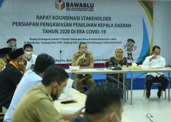 Kegiatan Rakor Stakeholder Persiapan Pengawasan Pilkada Tahun 2020 di Era Covid-19, Senin (15/6). Foto : Humas Provinsi Kaltara