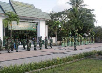 Taman Makam Pahlawan - Dandim 0907/Trk Pimpin Ziarah Rombongan. Foto: Pendim 0907/Trk
