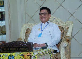 Gubernur Kaltara, Dr H Irianto Lambrie meluncurkan Gerakan Keluarga Mendaftarkan Anak Usia Dini ke PAUD Kaltara, Jumat (17/7)  lalu. Foto : Humas Provinsi Kaltara