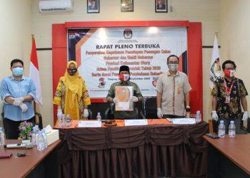 KPU Provinsi Kaltara tetapkan tiga paslon menjadi cagub dan cawagub di Pilkada Kaltara 2020 di Kantor KPU Provinsi Kaltara di Tanjung Selor, Rabu (23/9). Foto : Istimewa.