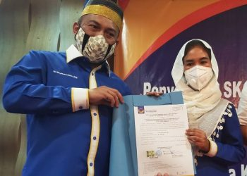 Bakal pasangan calon Bupati dan Wakil Bupati Bulungan Najamuddin-Ari Yusnita. Foto : Fokusborneo.com
