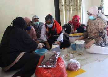 TINGKATKAN SUMBERDAYA: Dinas Sosial Kaltara, memberikan Pelatihan Kepada Anggota KUBE SP7 Salimbatu dan Desa Kelubir. Foto : Humas Provinsi Kaltara