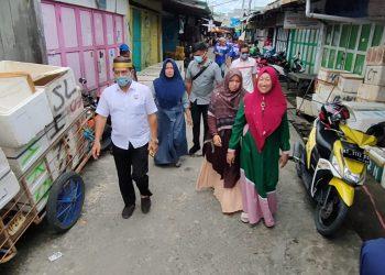 PASLON :Calon Gubernur Kalimantan Utara no.urut 3 Drs H. Zainal Arifin Paliwang menyempatkan diri menghadiri undangan warga
