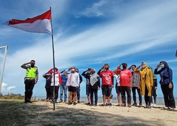 Finish, Ekspedisi Renang dan Long March Sampai di Binalatung. Foto: fokusborneo.com