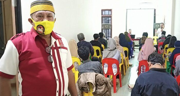 Maxi, Wakil Ketua Partai Koalisi Iraw Saat Melihat Langsung Pelatihan Saksi Iraw di Tarakan. Foto: fokusborneo.com