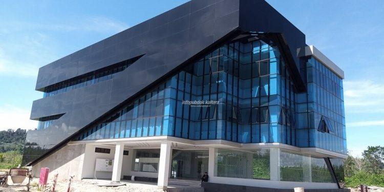 PILOT PROJECT : Gedung kantor Inspektorat Kaltara yang dibangun di rencana lokasi KBM Tanjung Selor. Foto : Humas Provinsi Kaltara