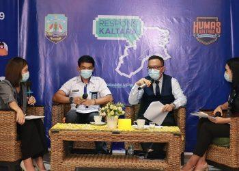 RESPONS KALTARA : Denny Harianto, Plt Kepala BPKAD Kaltara dan Indra Soeparjanto, Kakanwil Ditjen Perbendaharaan Kaltara saat menjadi narasumber Respons Kaltara, Rabu (4/11) siang. Foto: Humas Provinsi Kaltara.