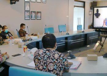 PERTEMUAN TAHUNAN : Pjs Gubernur Kaltara, Teguh Setyabudi saat mengikuti pertemuan tahunan BI yang dibuka Presiden Joko Widodo, Kamis (3/12). Foto : Humas Provinsi Kaltara