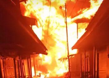 Kebakaran di Pasar Inhutani Nunukan. Foto: ist