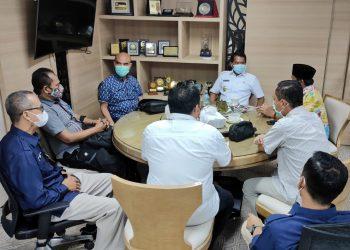 Gubernur Kaltara, Zainal A Paliwang bertemu dengan KPU Kaltara. Foto: Johan/Media Relasi Ziyap
