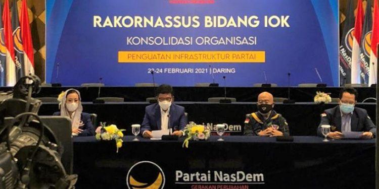Sekjen DPP Partai NasDem, Johnny G Plate melakukan konferensi pers Partai NasDem yang digelar di Kampus Akademi Bela Negara (ABN) NasDem, Pancoran, Jakarta Selatan, Kamis (25/2). Foto : Istimewa