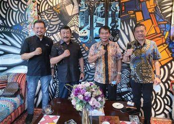 Gubernur Kaltara, Zainal A. Paliwang saat bertemu dengan petinggi Japfa Group.