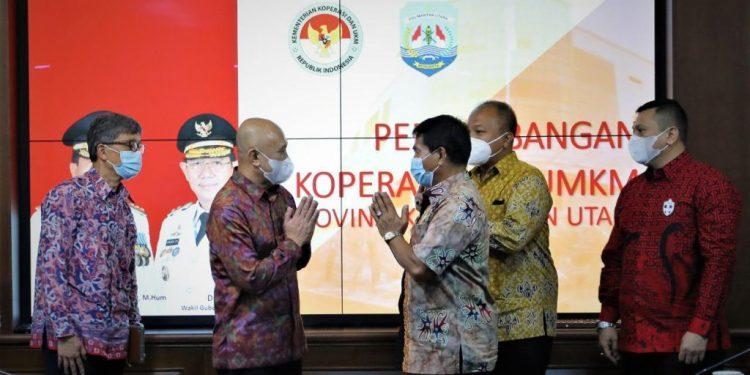 Gubernur Kaltara,Drs. Zainal A Paliwang bertemu dengan Menteri Koperasi dan UKM Teten Masduki