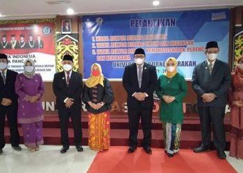 Prof. Dr. Adri Patton, M.Si lantik tiga Wakil Rektor Universitas Borneo Tarakan, Jumat (26/3). Foto : Istimewa