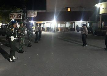 PATROLIGABUNGAN: Beri rasa aman perayaan paskah TNI - Polri laksanakan patroli gabungan.Foto: Ist
