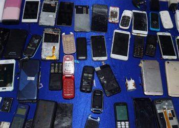 Handphone Hasil Sitaan Razia Gabungan di Lapas Kelas II A Tarakan