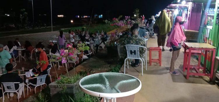 Salah Satu Tempat Nongkrong Warga Tana Tidung. Foto: fokuaborneo.com
